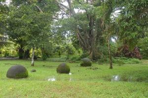 Esferas de Bahía Ballena en agosto del 2010