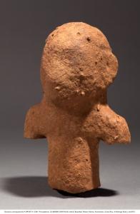 Rodrigo Rubí J.  Escultura antropomorfa P-299-BT-F. E-84 / Procedencia: Cd 80/82N 26W/42-65 cmb/d. Batambal, Palmar Norte, Puntarenas. Costa Rica. ft Rodrigo Rubí J. dic2012.