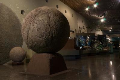 Sala con esfera Museo Nacional