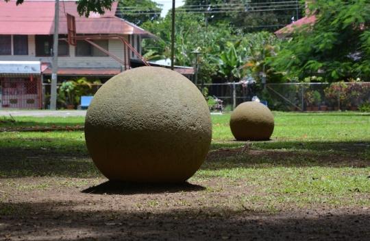 Esfera Parque palmar sur agosto 2014