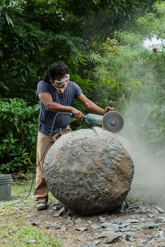 Saul y la esfera 2