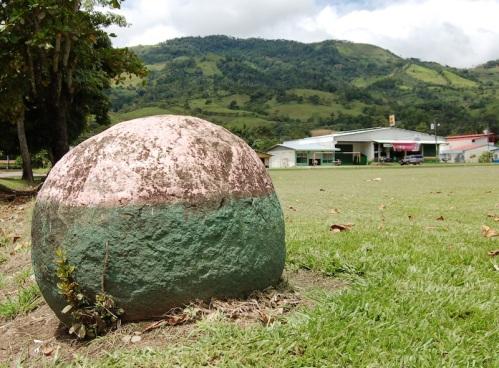 Pejibaye esfera plaza copia
